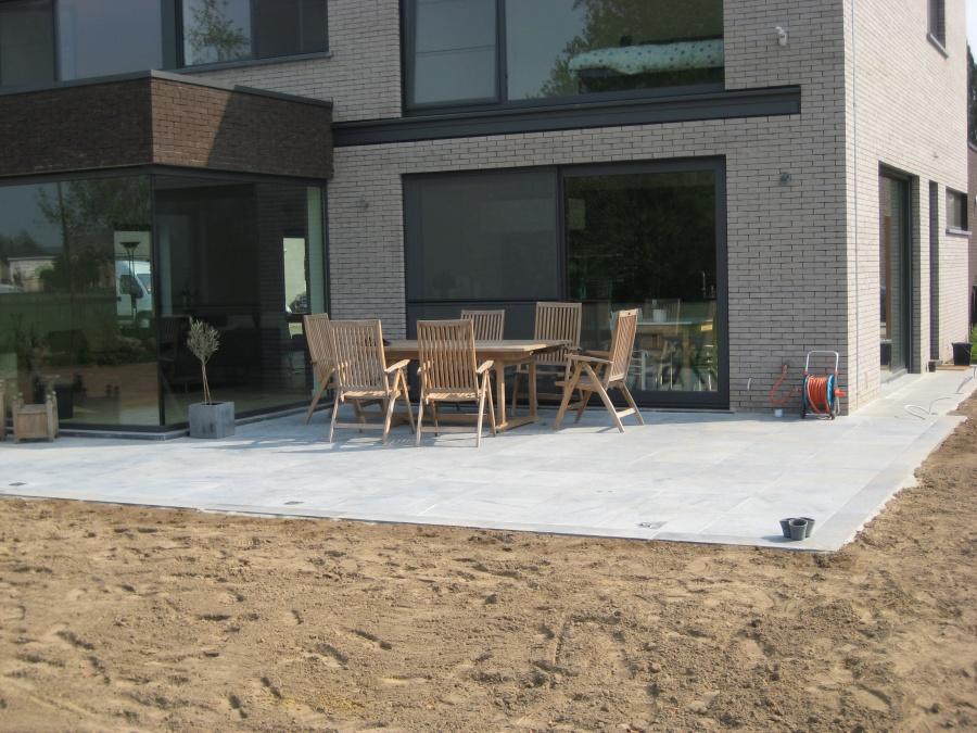 Pin aanleg oprit en terras te koop in aartrijke tuin diversen bouw on pinterest - Bouw een overdekt terras ...